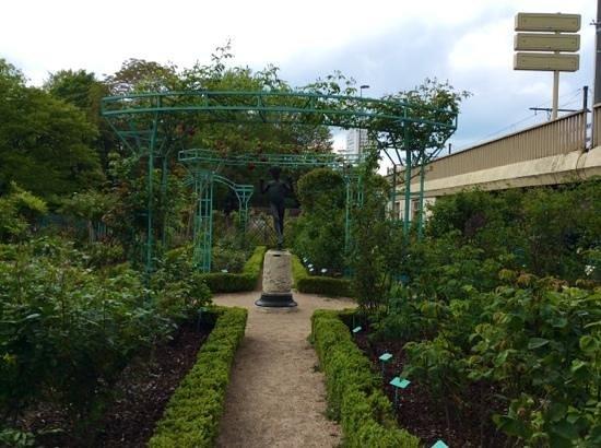 Jardin de l'Arquebuse : Jardin de l'Aquebuse