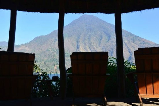 Posada de Santiago: Great Place to Relax by the Lake