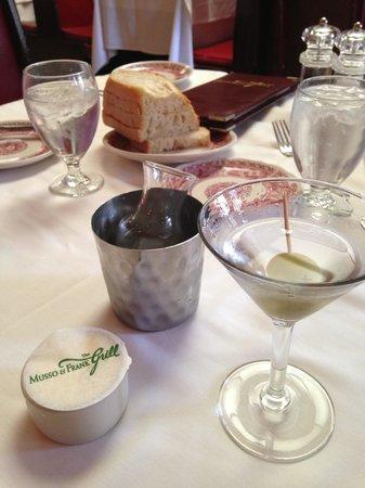 Musso & Frank Grill : Martini service