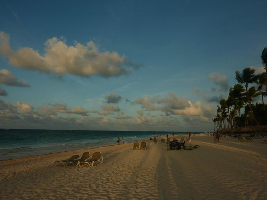 Bavaro Princess All Suites Resort, Spa & Casino: Atardecer