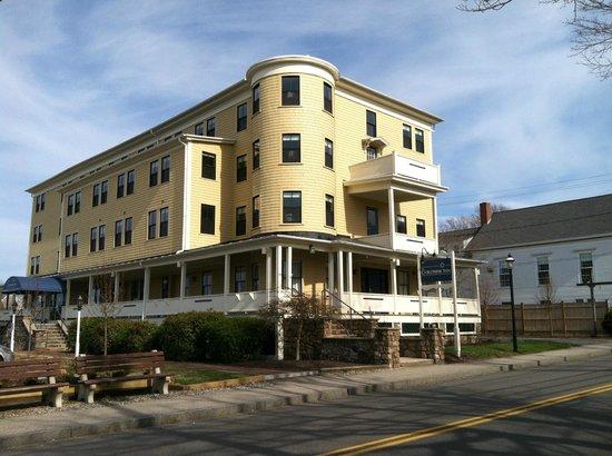 The Colonial Inn: Colonial Inn