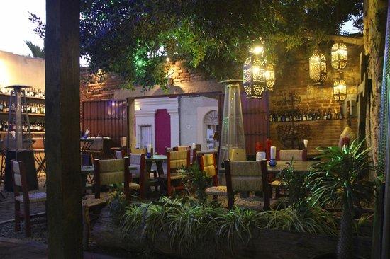 La Osteria: Outdoor Courtyard