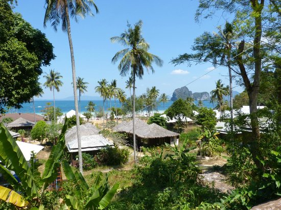 Koh Ngai Thanya Beach Resort: view from top
