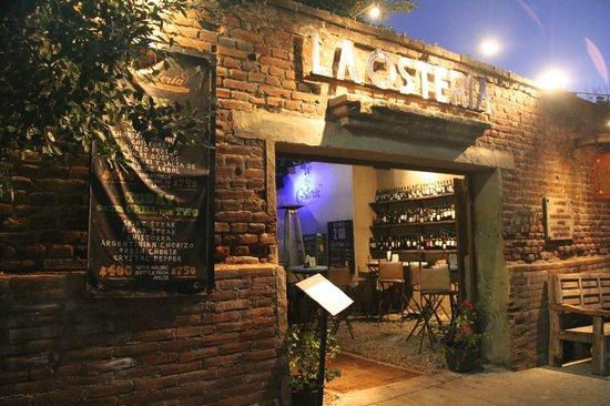 La Osteria: Atmosphere Plus