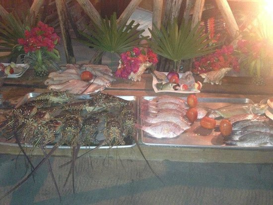 Rose's Grill & Bar: Spread of Fish to Choose From for Your Meal