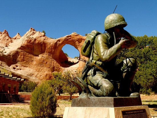 Quality Inn Navajo Nation Capital : Monument to Navajo Marine Code Talkers