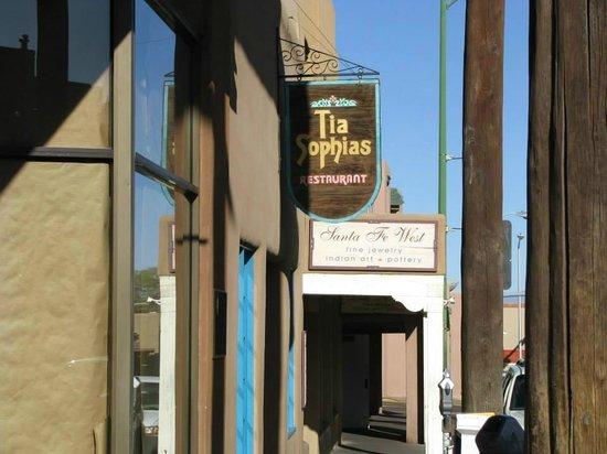 Tia Sophia's