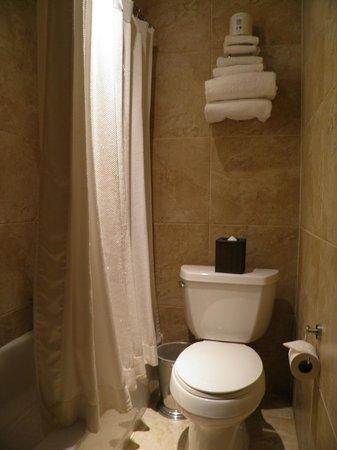 The Mansfield: Salle de bain propre