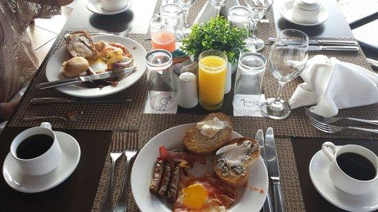 Catalonia Riviera Maya: Breakfast of champions....everyday! Great food.