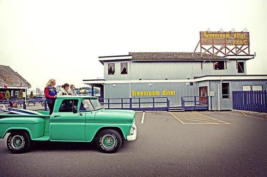 Marina West Motel: Truck
