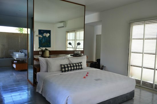 Uma Sapna: The bedroom