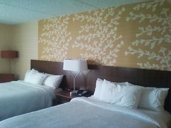 Fairfield Inn East Rutherford Meadowlands: Quest room 410