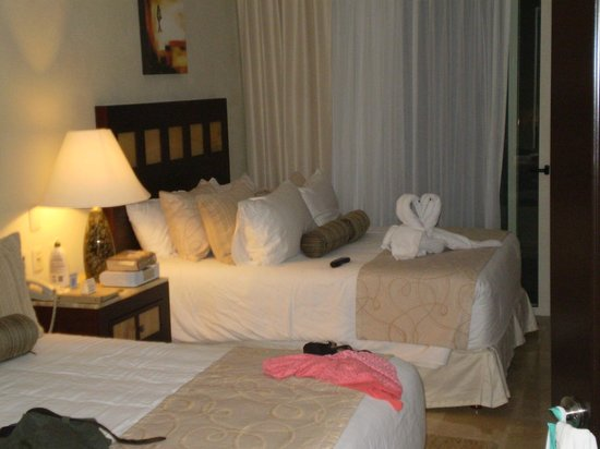 Villa del Palmar Cancun Beach Resort & Spa: View of our room