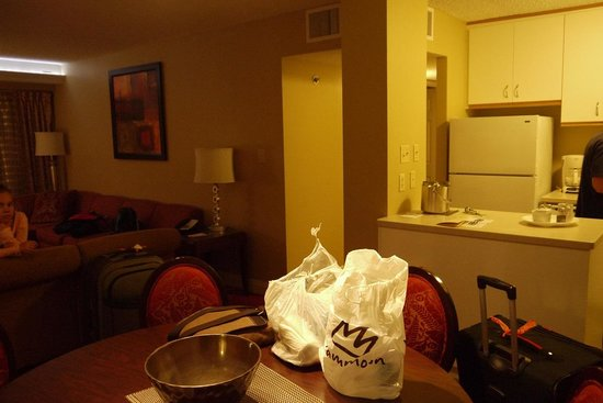 Jockey Club: Lounge/dining/kitchen - 2bed apart