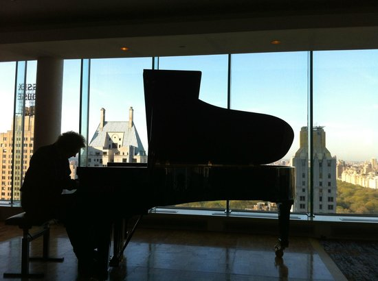 Le Parker Meridien New York: Laszlo Gardony in Concert - Fazioli Celebration @ The Penthouse