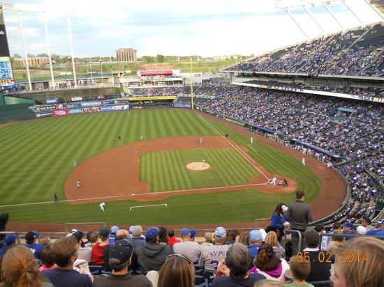 Kauffman Stadium : ball field