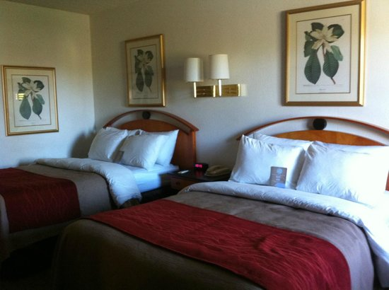 Days Inn Prescott: Two double beds