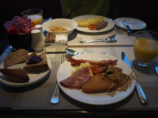 Conrad Hong Kong: エグゼクティブラウンジの朝食