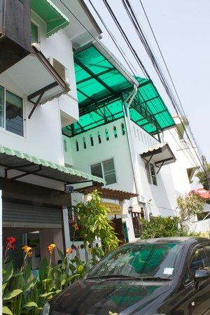 Top Garden Boutique Guesthouse: Outside
