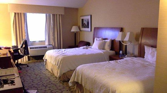 Hilton Garden Inn Valencia Six Flags: Bedroom