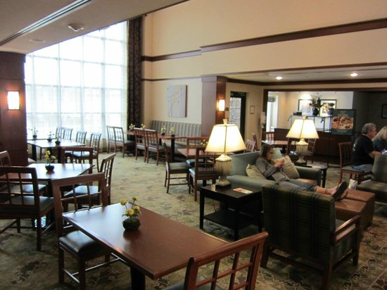 Staybridge Suites Wilmington - Brandywine Valley: Dining room