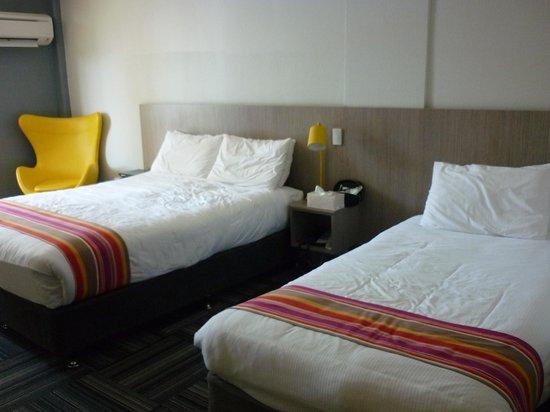 Paradise Resort Gold Coast: superior family room