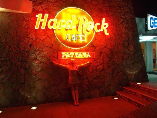 Hard Rock Cafe Pattaya: 2013