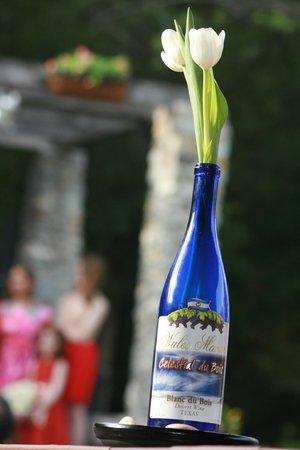 Wales Manor Vineyard & Winery: Weddings