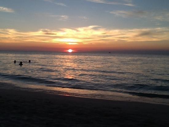 Sunset at Beachers.
