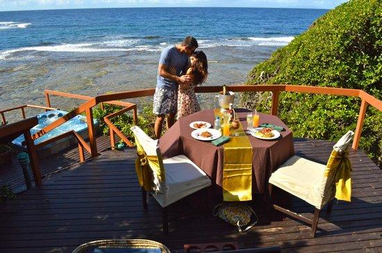 Namale Resort & Spa: Private breakfast at Lovers Deck