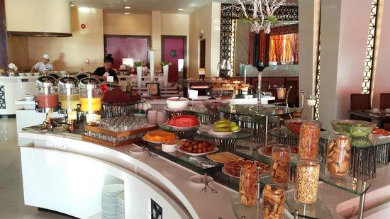 Novotel Nha Trang : Part of the huge breakfast buffet