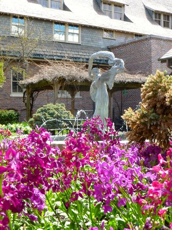 The American Club: Gardens