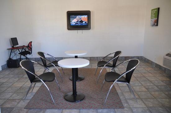 Motel 6 Cameron Park: Lobby