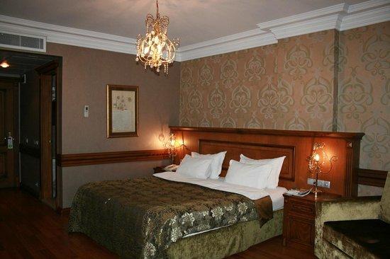 Ferman Hotel: Room #1