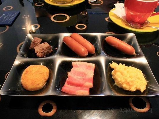 Hotel Universal Port: Breakfast Tray