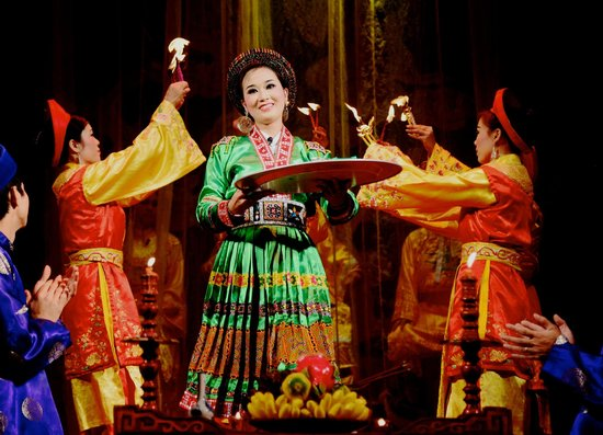 Vietnam National Tuong Theatre: A scene where a vessel channels the Earth Goddess - she even gives sweets to each audience membe