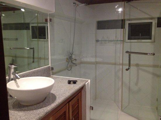 Pinjalo Resort Villas: common Bathroom in the 2nd floor