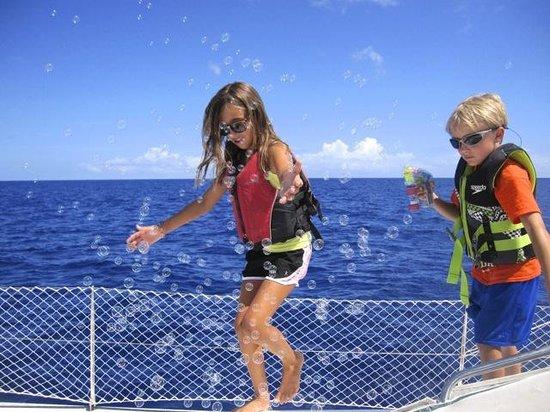Makana Charters Sunset Dinner Sails: Endless kid fun