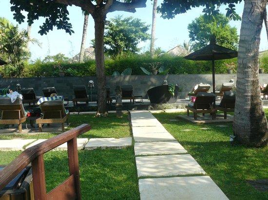 Bali Dynasty Resort : Adults only Lazy Pool