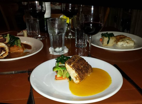 La Cocay : fish with Cajun spice and mango sauce