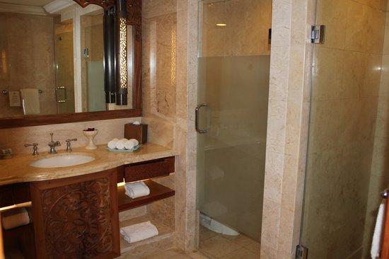 AYANA Resort and Spa: Club Room - Bathroom