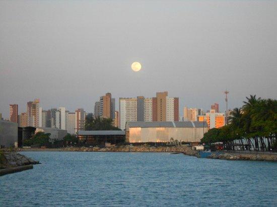 Marina Park Hotel : cidade