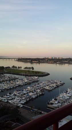 Marriott Marquis San Diego Marina : sunrise from my balcony room