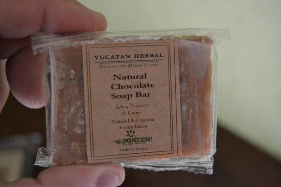 Maya Villa Condo Hotel & Beach Club: Chocolate Hand Soap