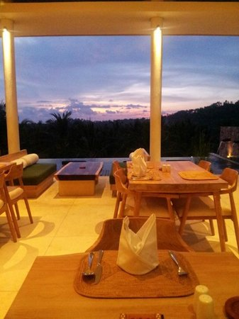 Salza Resto : Just arrived for dinner, the view is amazing!!!