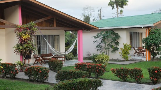 Hotel Villas Vilma: They even gave a hammocks installed in front of every room