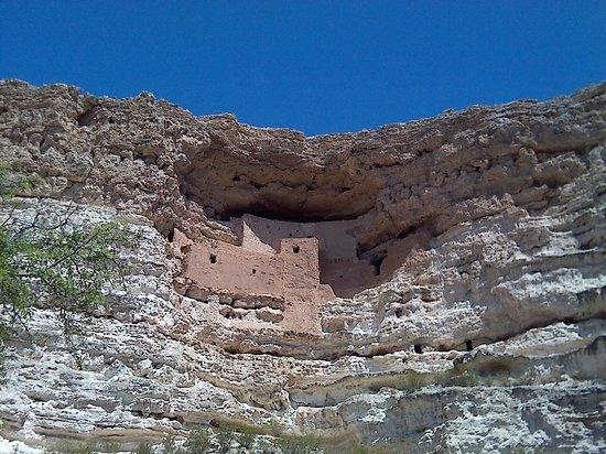Montezuma Castle National Monument : Dwellings