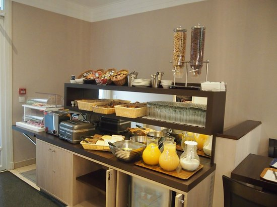 Home MODERNE : Buffet breakfast, continental style