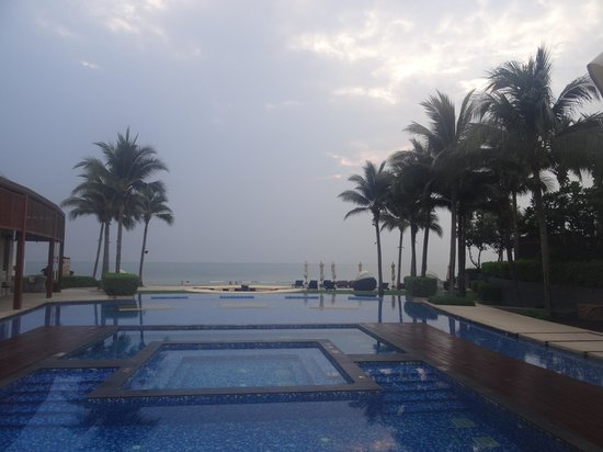 InterContinental Hua Hin Resort: Sunrise at day break