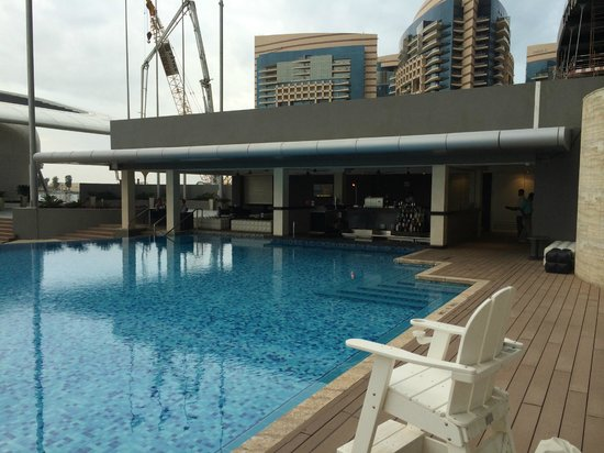 Jumeirah at Etihad Towers: die Poolbar